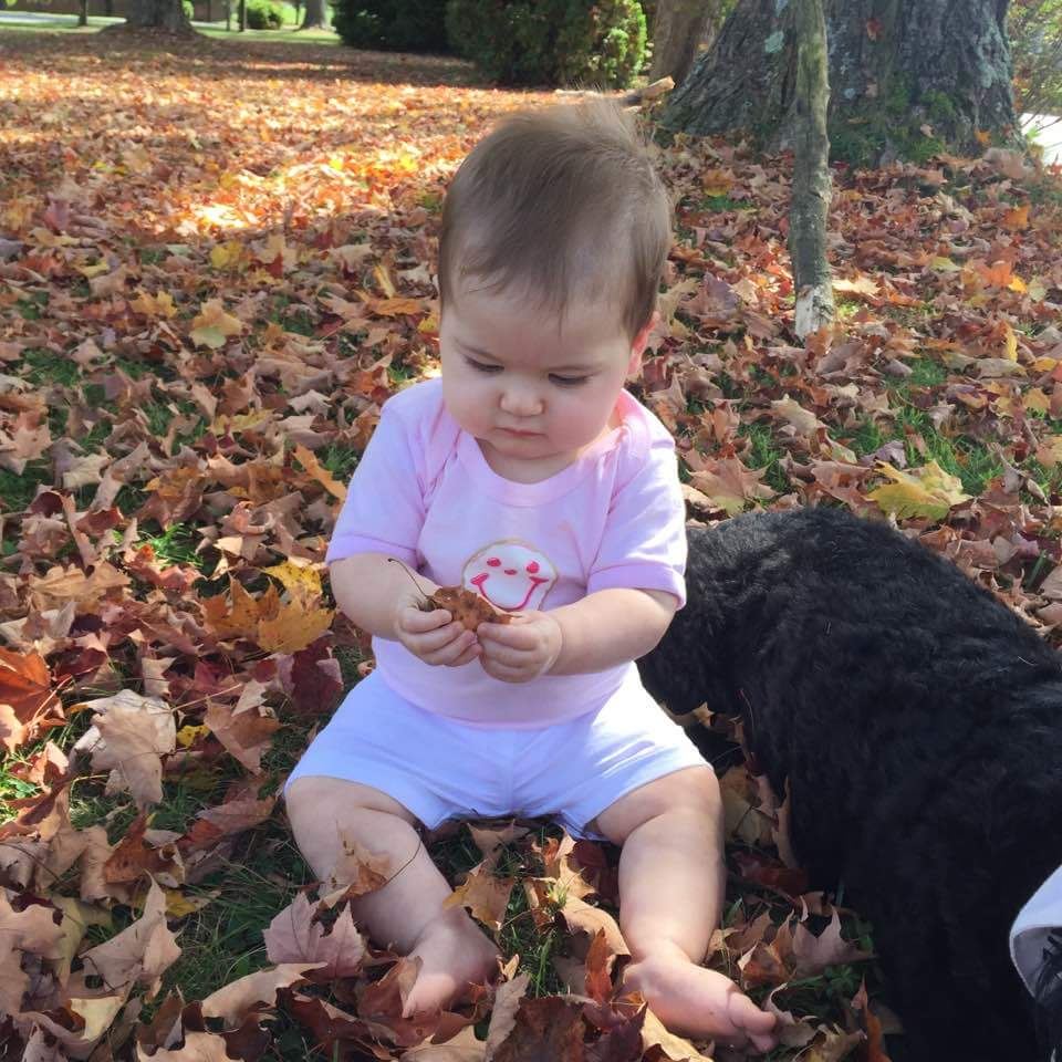 Payton in the leaves